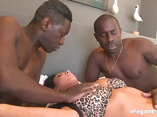 Ebony dudes encircling fuck a wife in the exasperation and pussy for serious XXX